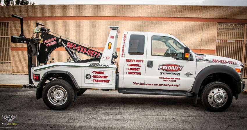 Priority Towing Truck Graphic Decals and Lettering Vinyl De Signs Inc